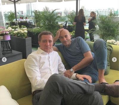 Композитор Игорь Крутой шокировал Сеть фото с 38-летним сыном: он выглядит старше отца