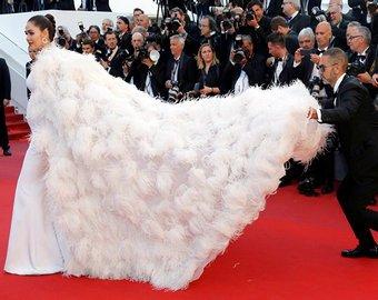 Войти в историю: 35 культовых платьев Каннского кинофестиваля