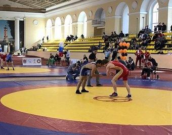 «Деньги зарабатывал крановщиком»: 25-летний борец из Дагестана сломал шею на «Кубке мира»