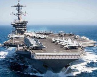 Министр ВМС США уволен. Все из-за эпидемии на авианосце «Рузвельт»