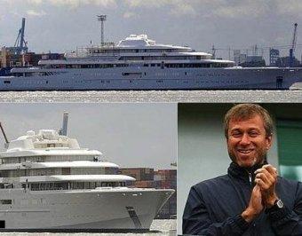Абрамович покупает самую большую яхту в мире
