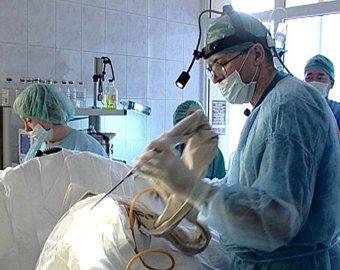 Новосибирский врач провел уникальную операцию