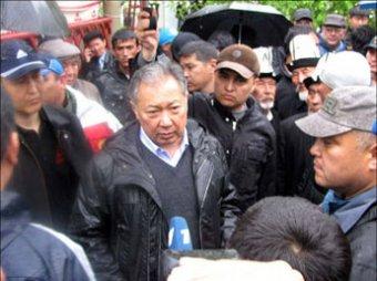 Временное правительство Киргизии поставило Бакиеву ультиматум