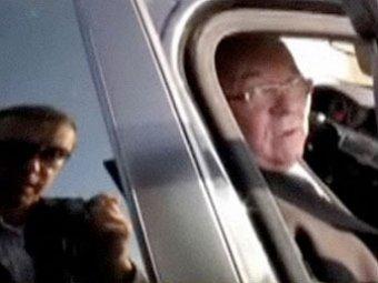 Автомобиль советника президента выехал на встречную полосу, едва не став причиной ДТП