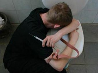 Нарушение сна ведет к алкоголизму и наркомании у подростков