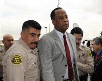 Адвокаты докажут, что Майкл Джексон покончил с собой