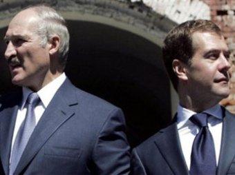 Лукашенко - Медведеву: за российские базы в Белоруссии тоже надо платить