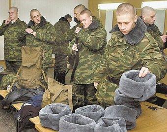 Российских солдат-срочников переведут на пятидневную рабочую неделю
