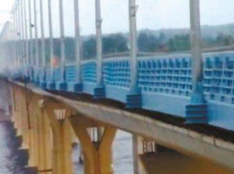"""""""Танцующий мост"""" в Волгограде открыт для легковых машин"""