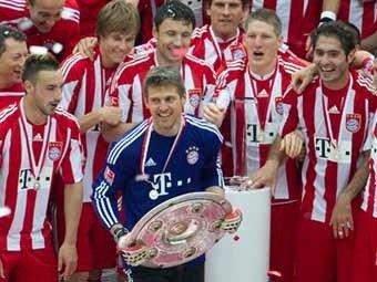 «Бавария» выиграла чемпионат Германии