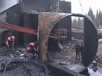 """Спасшийся шахтер рассказал о взрывах на """"Распадской"""""""