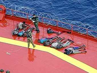 Минобороны: отпущенные сомалийские пираты погибли в море