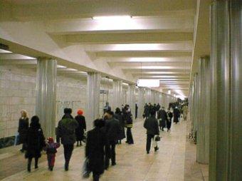 Подростки устроили поножовщину на станции метро
