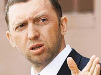 """После допроса Дерипаска признан """"еще более обвиняемым"""""""