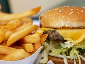 Ученые назвали десятку самых опасных продуктов