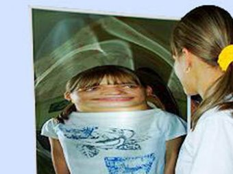 Мозг человека искаженно воспринимает собственное тело