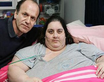 Самая толстая в мире британка умерла от переедания