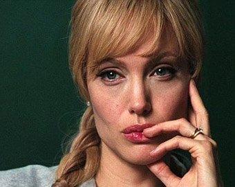 Анжелина Джоли хочет познакомиться с Анной Чапман