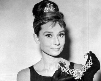 Названа самая красивая женщина ХХ века