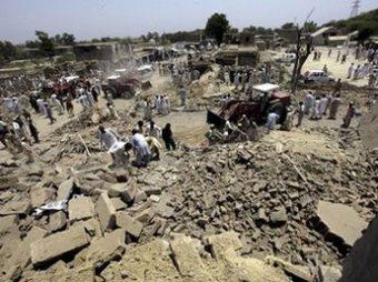В Пакистане взорвали очередь за инвалидными колясками: 47 погибших