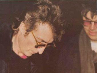 Убийца всемирно известного «битла» Джона Леннона в шестой раз подал прошение об условно-досрочном освобождении
