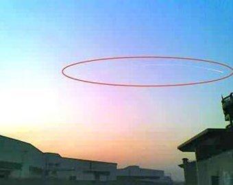 В Китае очевидцы засняли НЛО, парализовавший аэропорт в Ханчжоу