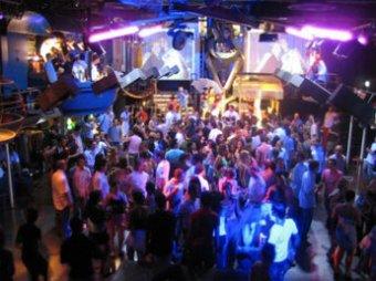 В Москве предложено запретить ночные клубы