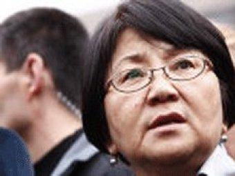 Отунбаева стала первой женщиной-президентом СНГ