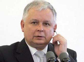 СМИ: русские похоронили Леха Качиньского с чужой рукой