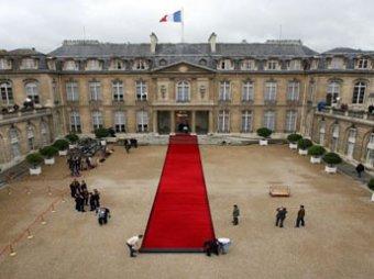 Во Франции душевнобольной смог проехать в резиденцию Саркози