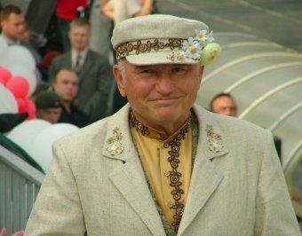 Звезды театра и кино поддержали Лужкова, не зная об этом
