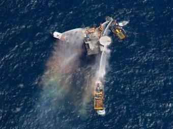 В Мексиканском заливе очередное ЧП: взорвалась буровая вышка
