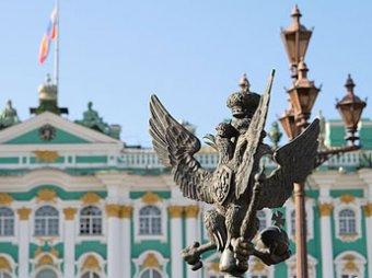 В Петербурге украли орлов с Александрийского столпа
