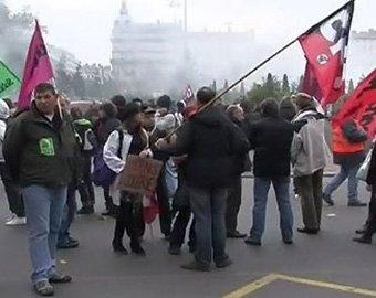 Протестующие во Франции приступили к захвату вокзалов и аэропортов