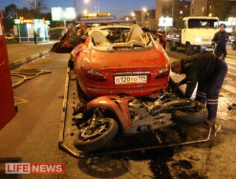 В Москве Jaguar протаранил три автомобиля и мотоцикл: 2 погибших, 6 раненых