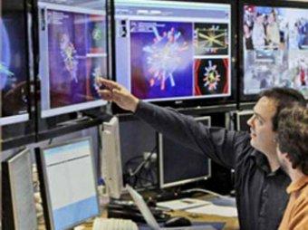 "Физики на пороге сенсации: адронный коллайдер уловил след ""частицы Бога"""