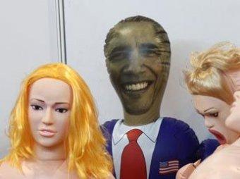 На секс-фестивале в Китае показали надувную куклу Барака Обамы