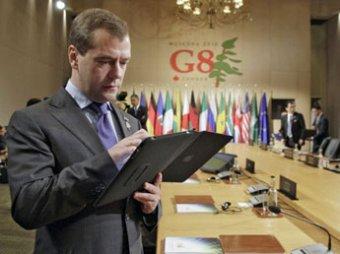 Медведев переключился с продвижения Apple на Samsung