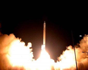 """США запустили """"самый большой в мире"""" спутник-шпион"""