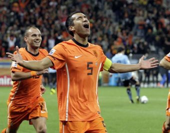 ФИФА назвала десять лучших голов 2010 года
