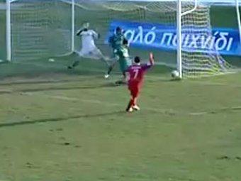 Греческие футболисты умудрились в одной атаке 4 (!) раза попасть в штангу