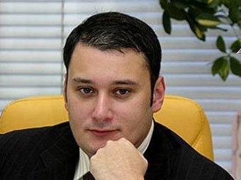 Медведев отчитал лже-депутата Хинштейна в Twitter