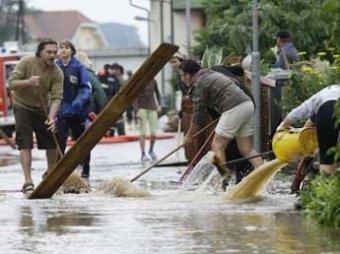 Северо-восток Австралии ушел под воду из-за наводнения