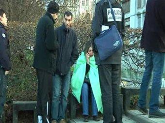 Во Франции  вооруженный саблями юноша захватил детский сад