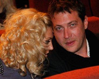 Саша Савельева тайно вышла замуж