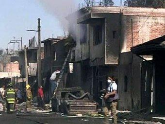 Десятки человек погибли при взрыве нефтепровода в Мексике