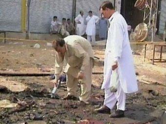 В Пакистане смертник взорвал себя в толпе: 41 погибший