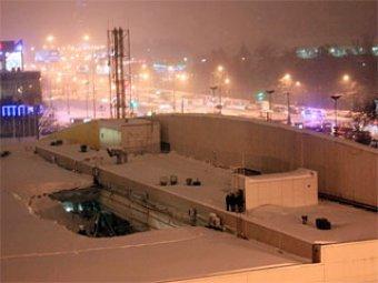 В Санкт-Петербурге крыша гипермаркета рухнула на людей: 1 человек погиб, 17 раненых