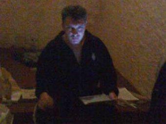 Больной Немцов освобожден из-под стражи