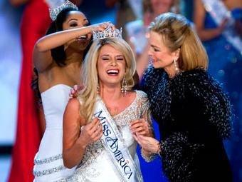 """""""Мисс Америка 2011"""" стала 17-летняя блондинка из Небраски"""